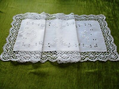 "ANTIQUE TABLE RUNNER HAND EMBROIDERY+LACE EDGE-13.5""x 42"""