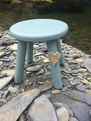 Coastal Milking Stool