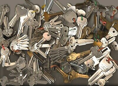 Key Blanks Most Are Cole Lot 407 New Old Stock These Are Out Of A Large Lot