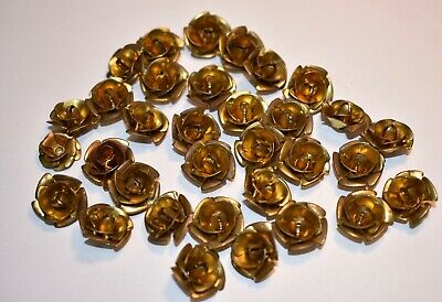 VINTAGE BRASS ROSES * LOT OF 33 * CENTER HOLE * EACH ROSE 16mm* SEW OR GLUE XYZ