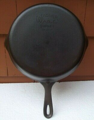 Vintage Cast Iron Skillet Wagner Ware Sidney -O-  # 8 1058 S Double Pour
