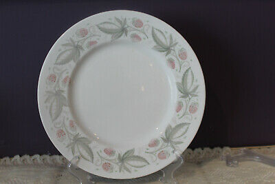 "Susie Cooper Wild Strawberry 10-1/2"" Dinner Plate(S) C486"