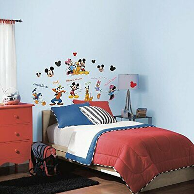 RoomMates RMK1507SCS - Mickey And Friends- Pegatina de pared