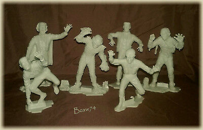 Louis Marx, Universal Monsters ~ Marx MCMLXIII Stamped ~ 6 Figure Collection Set