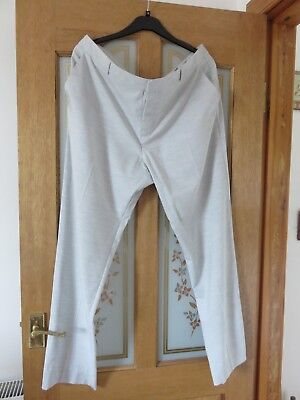 Ladies Marks & Spencers Autograph light grey smart trousers in size 18