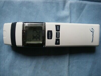 HuBDIC BABY THERMOFINDER S INFARED FOREHEAD FS-700 THERMOMETER