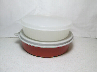 2 - Tupperware Wonder Bowls #1405/227 Seal & 1551/238 Seal VGUC