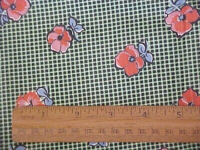 1 Yd Vintage Cotton Fabric Red Flowers on Green Plaid Background