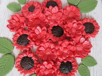 Edible Red Sunflowers. Red sugar paste sunflowers. Fondant flowers red.