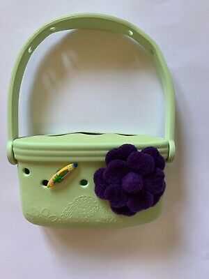 jibbitz crocs Girls Purse Green Flower Excellent Condition
