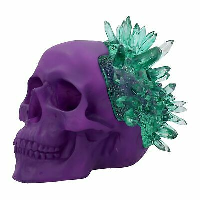 "Fantasy Art Skull Figurine "" Emerald Crystal Skull "" By Nemesis Now"