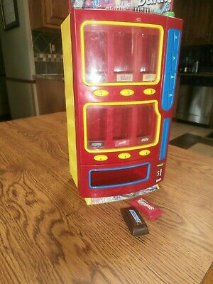 Mars Candy Vending Machine Bank M&M's Twix Skittles Snickers Milky Way 2004