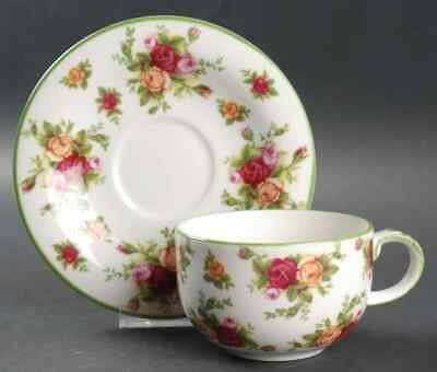 Royal Albert OLD COUNTRY ROSES (GREEN TRIM) Cup & Saucer 2190681