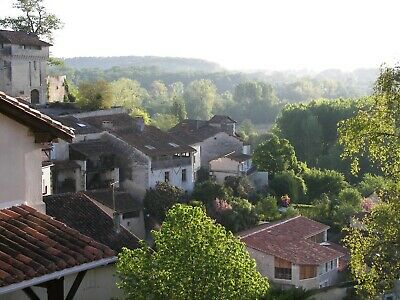 Large House and Barn Aubeterre Sur Dronne Designated  Beautiful Village