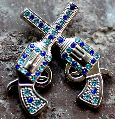 4 Conchos Rhinestone Horse Saddle Western  Cross Gun CO189