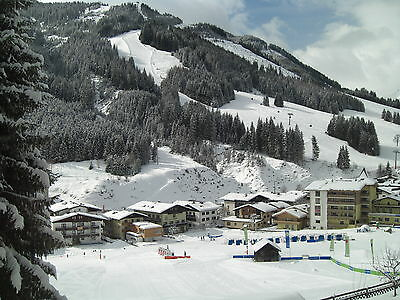 SKI HOLIDAY APARTMENT SAALBACH AUSTRIA CHALET ACCOMMODATION W/C 14th MARCH