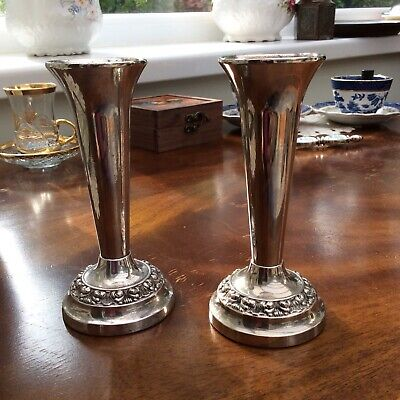 Vintage IANTHE Bud Vases X2 SILVER PLATED Candlesticks Or Bud Vases.