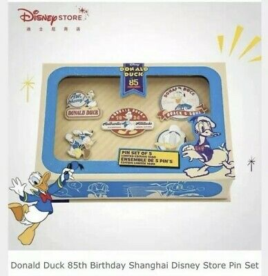 Disney Store Donald Duck Limited Edition Pin Set W/ Anniversary Pin And Key