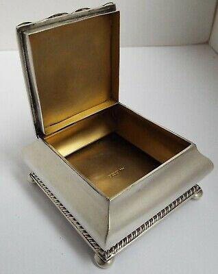 Lovely Quality Heavy English Antique 1904 Sterling Silver & Gilt Lined Table Box