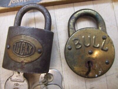 VINTAGE BRASS LUCKY And Bull  PADLOCK LOCK With Keys Working
