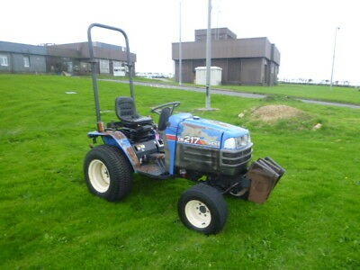 Iseki  SG217 compact Tractor 4WD geared model 3 cylinder diesel 3 point link