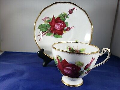 Roslyn Bone China Teacup &  Saucer Wheatcroft Roses  Grand Gala Red Rose