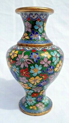 Antique Chinese Cloisonne Vase late 19th C. Floral Pattern