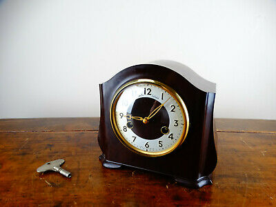 Smiths Enfield Mantel Clock in Bakelite Case Chiming 8 Day Vintage Retro 1950s
