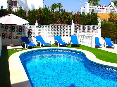 Costa Blanca South: 3 Bed XL Villa + Wi-Fi + Pool + A/C - Villacosta Villamartin