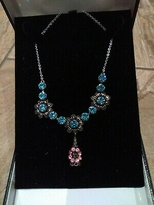 Vintage Art Deco Czech blue and pink Diamante Rhinestone Filigree Necklace