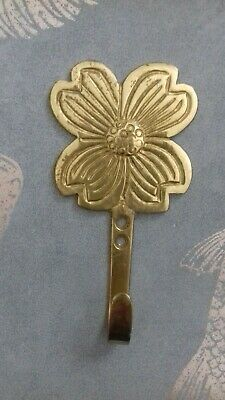1 x VINTAGE SOLID BRASS FLOWER COAT DOOR HOOK HANGER TIE BACK SHABBY  LAST ONE!