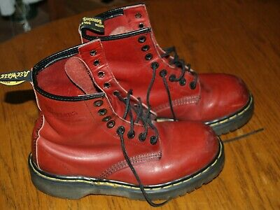 1d493b3bfcd4a 90S VINTAGE DR Doc Martens Women's Leather Boots Made in England Size 6 UK,  8 US