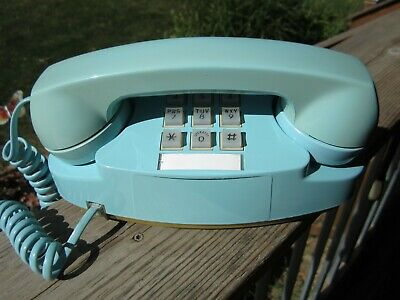 Vintage Western Electric AT&T Bell System Aqua Blue Princess Telephone Touchtone