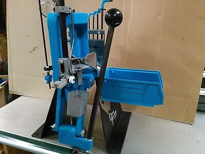DILLON PRECISION RL 550 Reloading Press RL 550B with lots of