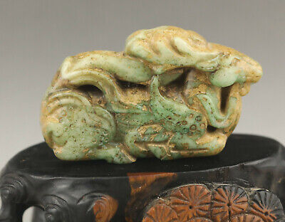 Old Chinese natural jade hand-carved deer pendant