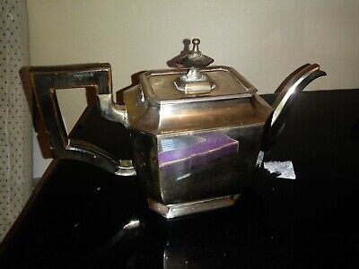 Victorian Silver plated Tea/Coffe Pot English 9x5 X 4 Holds 2 .5 Pints