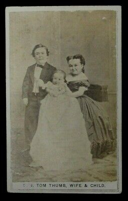 Antique Cdv Photograph  Of General Tom Thumb, Wife Lavinia And Child