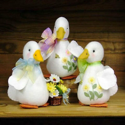 Countryside Crafts Daisie Duck Felt Sewing Pattern SEWING CRAFT PATTERN