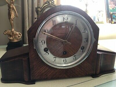 Westminster Chimes Oak Cased  Mantle Clock