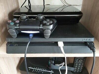 Sony PlayStation 4 500GB Console - Black with games