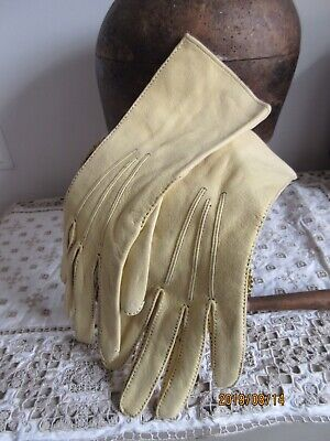 Vintage pale yellow softest suede leather ladies gloves top stitched 6 3/4