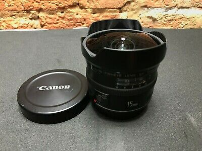 Canon EF EF 15mm F/2.8 EF Fisheye Lens - used in excellent working order
