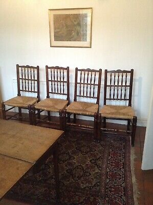 Set Of :4 Ash 19thc Spindle Back Country Chairs In Good Condition