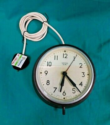 Vintage Smiths Sectric Bakelite Industrial Electric Wall Clock (Hospiscare)