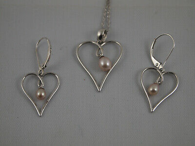 14k White Gold Heart w/Dangling Pink Pearl Necklace & Earring Set