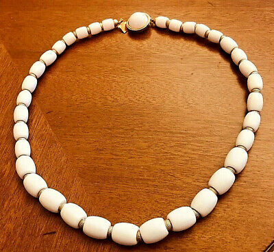 Elegant Vintage Gold Tone signed Crown TRIFARI White Glass Bead Necklace
