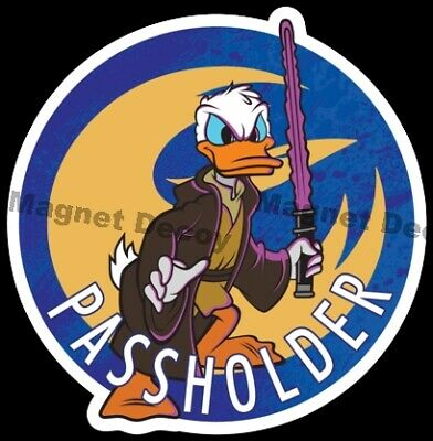 Disney World Disneyland Resorts Passholder Donald Duck Jedi Star Wars AP Magnet