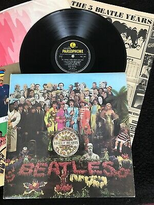The Beatles - Sgt. Pepper's Lonely Hearts Club Band Vinyl LP PMC 7027 1st Press