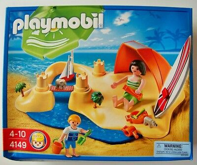 PLAYMOBIL SPORTS & Action 9233 58 Pieces New in Damaged Box