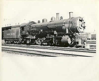 NICE! 1938 8X10 Real Photo Union Pacific Railroad 2-8-2 Steam Engine Train #1929